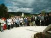 Uroczyste spotkanie zbyłymi mieszkańcami Gorzanowa, Modlitwa nacmentarzu parafialnym, Autor: R. Duma, 16.05.2004r.