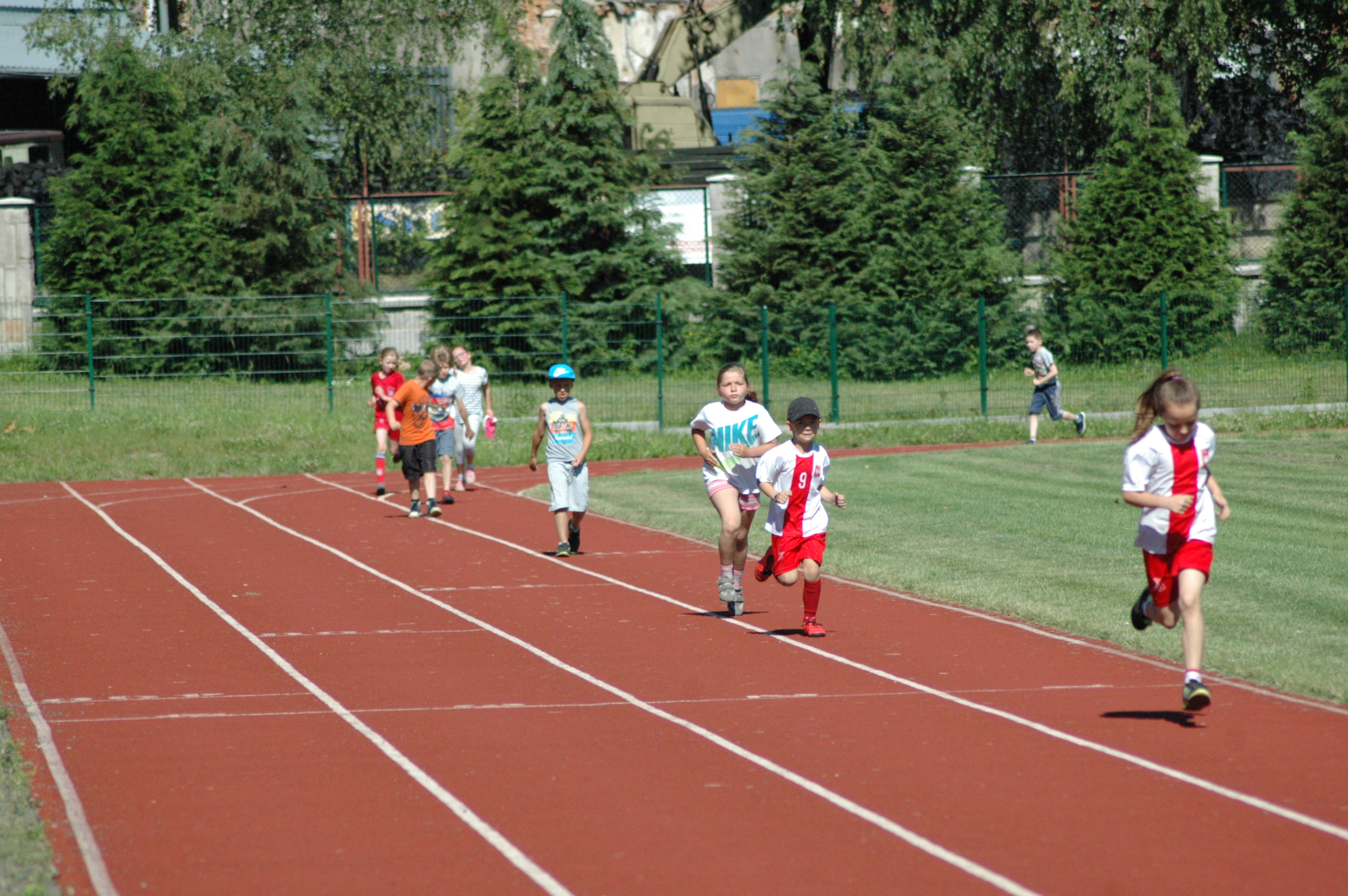 Wycieczka BP i klas I-III do Bystrzycy Kłodzkiej, Bieg na 360m. Autor: M. Biernat, 22.06.2016r.
