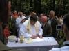 Odpust św.Antoniego, Podpisanie aktu przezproboszcza O. H. Derenia, Autor: R. Duma, 25.06.2006r.