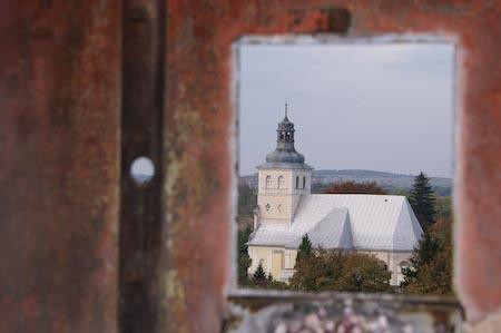 Widok z Pałacu na kościół św. Marii Magdaleny
