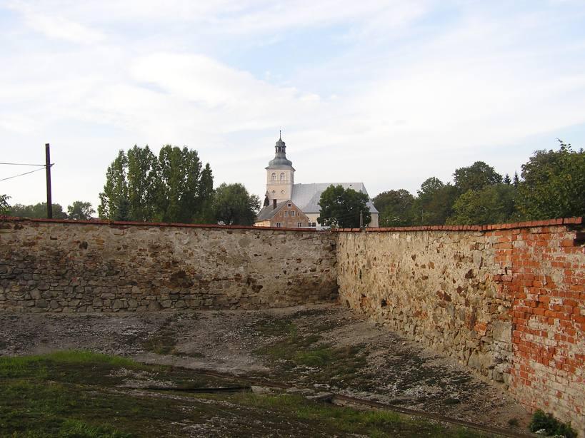 Widok od strony południowej (przy dawnej gorzelni) na Kościół św. Marii Magdaleny